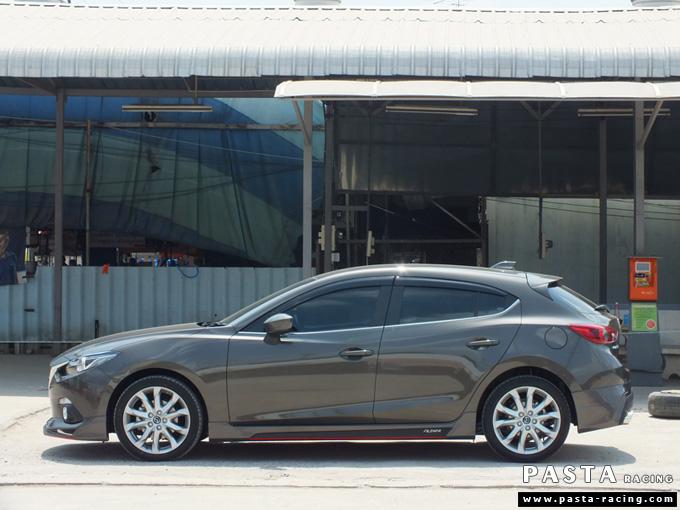 ชุดแต่ง สเกิร์ต แต่งรถ mazda 3 hatchback 5 ประตู มาสด้า 3 filewar 2014 2015 2016 2017 รังสิต ลำลูกกา ปทุมธานี กรุงเทพ สีน้ำตาล สมพร รูป 3