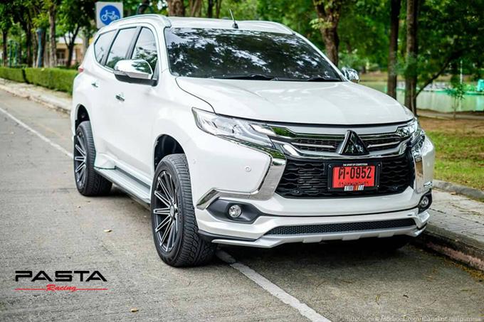 ชุดแต่ง สเกิร์ต แต่งรถ new pajero 2016 2017 2018 2019 jap รังสิต ลำลูกกา ปทุมธานี กรุงเทพ สีขาวมุก โปรชัวร์ฯ รูป 2
