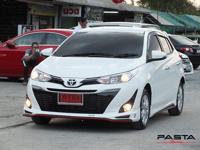 ชุดแต่ง สเกิร์ต อุปกรณ์แต่งรถ ของแต่งรถ new yaris 2017 2018 2019 Drive 68 แต่งรถ ลำลูกกา รังสิต ปทุมธานี กรุงเทพ สีขาว คุณปริยไทยแท้ รูป 1