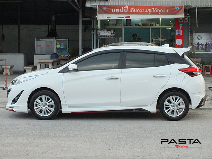 ชุดแต่ง สเกิร์ต อุปกรณ์แต่งรถ ของแต่งรถ new yaris 2017 2018 2019 Drive 68 แต่งรถ ลำลูกกา รังสิต ปทุมธานี กรุงเทพ สีขาว คุณปริยไทยแท้ รูป 3
